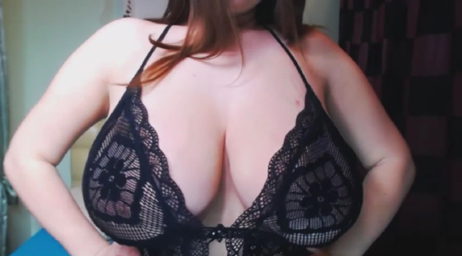 Impressive big breasted Teen Amy Winos